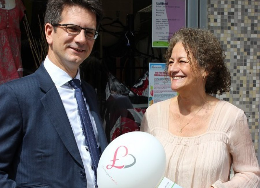 2 Steve Baker Mp With Jo Woolf At The 1000 Draw1